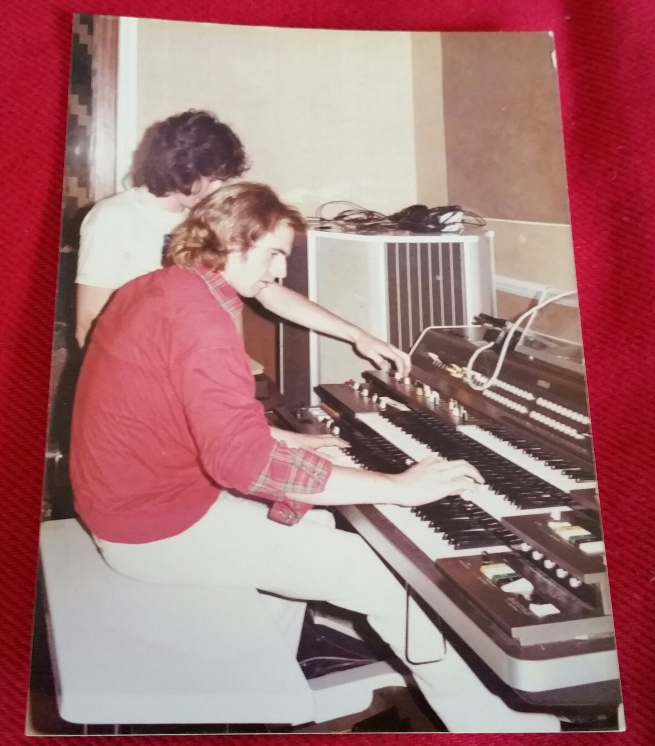 A Bootleg Review and Yessongs live? 244 – Yes Music Podcast